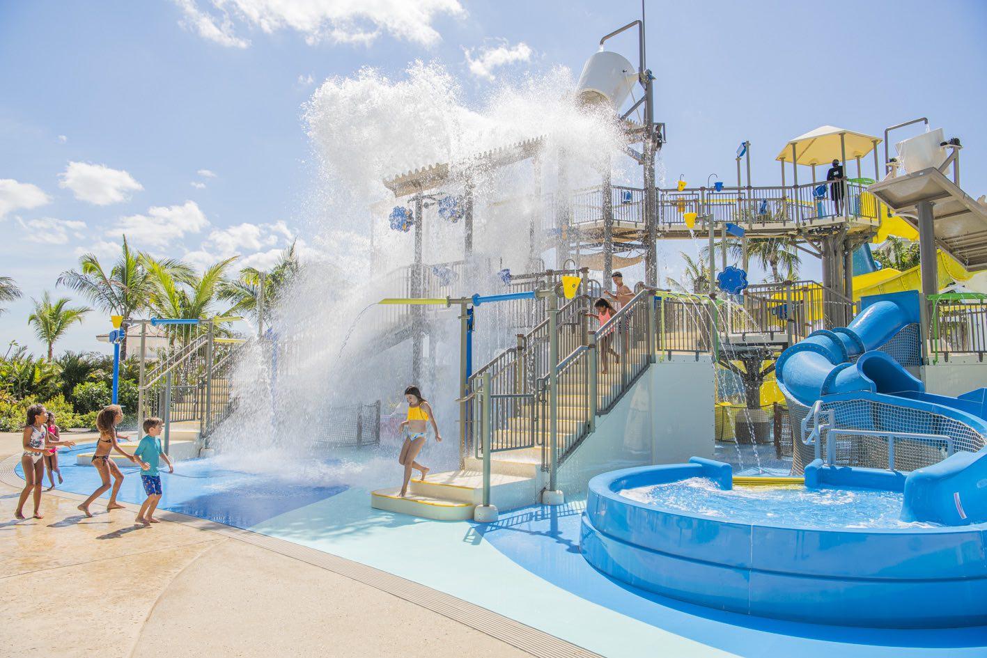 Baha-Bay-Stingray-Cove-Baha-Mar-Resort-Nassau-Bahamas-web